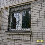 Решетки кованые фото 28