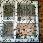 Решетки кованые фото 35