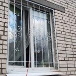 Сварные решетки на окна 75