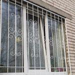 Сварные решетки на окна 76